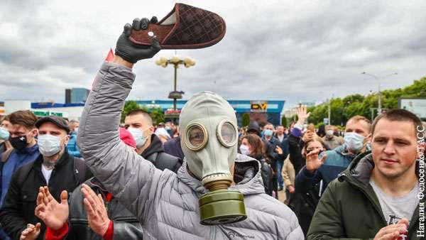 «Многовекторность» Лукашенко ведёт его к майдану