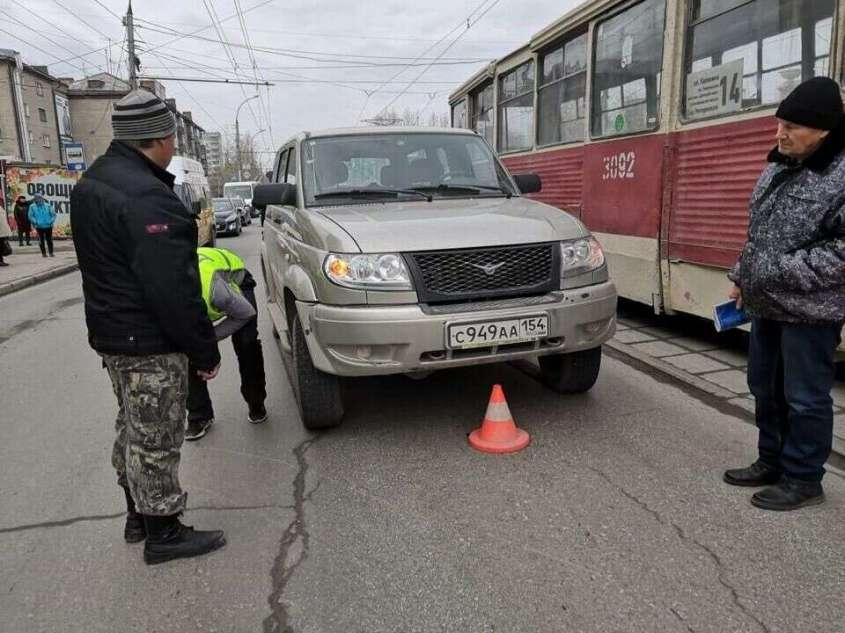 Пенсионерка сама виновата, что не успела выскочить из-под колёс внедорожника на трамвайной остановке