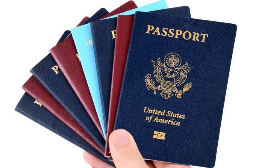 Скажем нет вахтовикам на госслужбе – лишим продажных депутатов двойного гражданства!