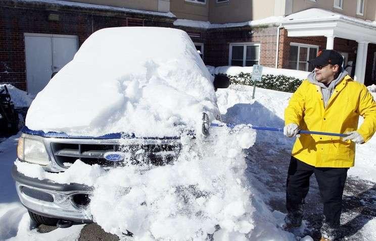 В Нью-Джерси из-за сильного снегопада введён режим чрезвычайной ситуации