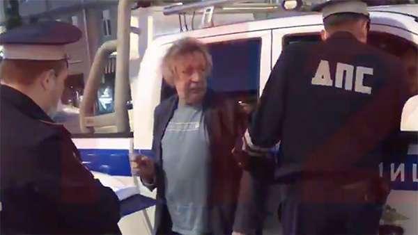 Ефремова после пьяного ДТП отпустили под подписку о невыезде