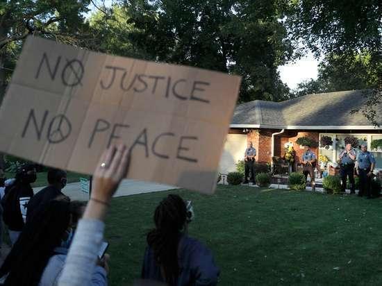 Негритянка из США выдвинула 8 диких требований белым