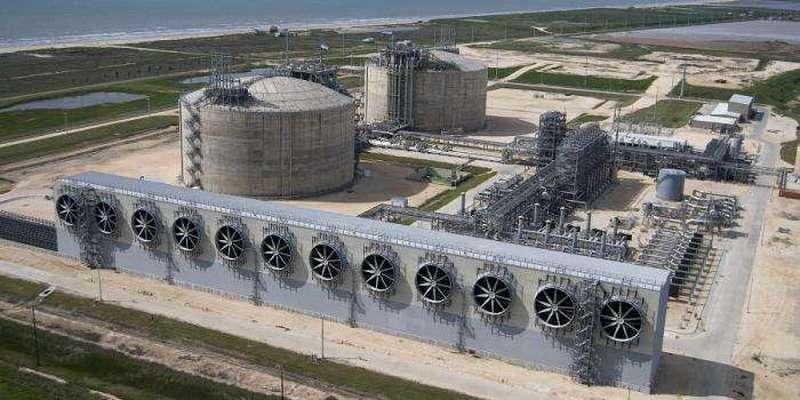Газовая война 2020: как Россия поставила шах и мат американскому СПГ