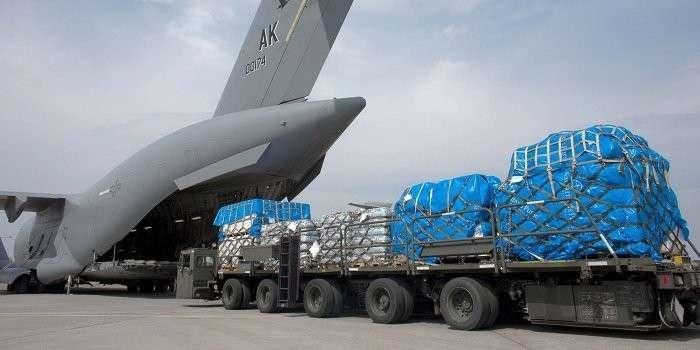 На Украину летит «нелетальное оружие» из Канады