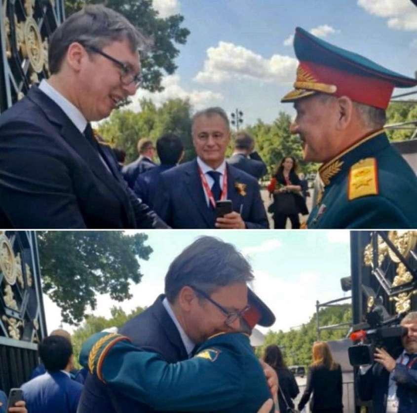 Поведение президента Сербии Александра Вучича на параде в Москве поразило зрителей