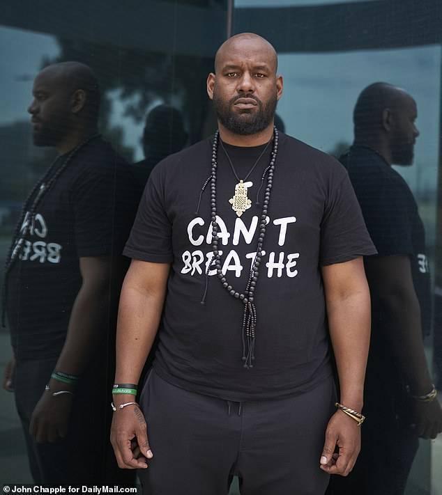 Главарь Black Lives Matter: «Если эта страна не даст нам того, чего мы хотим, мы её сожжём»
