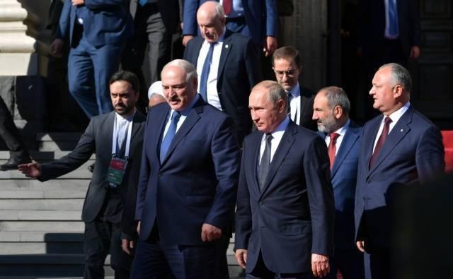 Перед началом заседания Высшего Евразийского экономического совета в расширенном составе