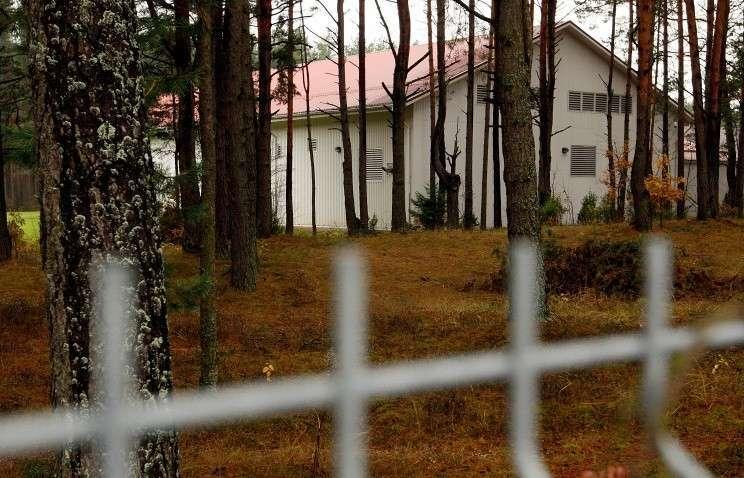 Секретная тюрьма ЦРУ  в Антавиляй, в менее чем 20 км от Вильнюса, Литва,  на бывшей базе для верховой езды
