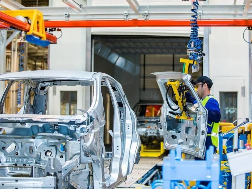 Россия запускает внутренний финансовый механизм поддержки автомобильной отрасли