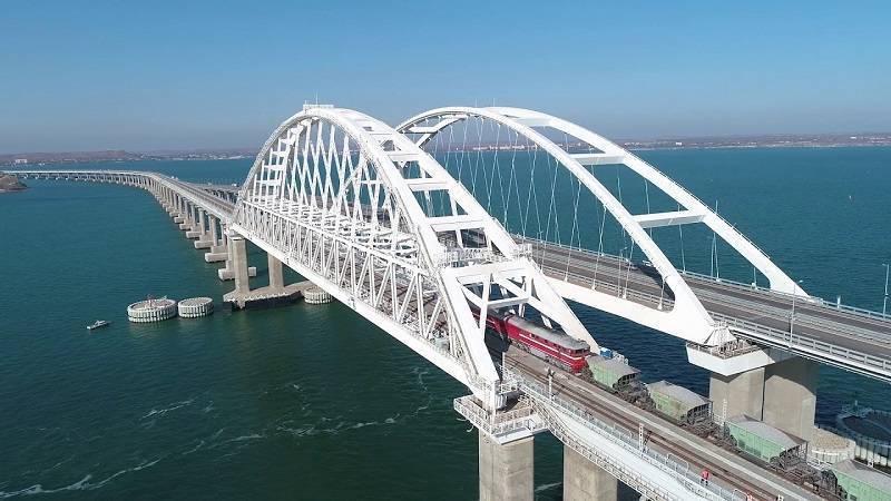 Крымский мост наконец-то полностью раскрыл свои транспортные возможности