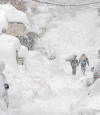 Путинский снег почему-то появился в Киеве