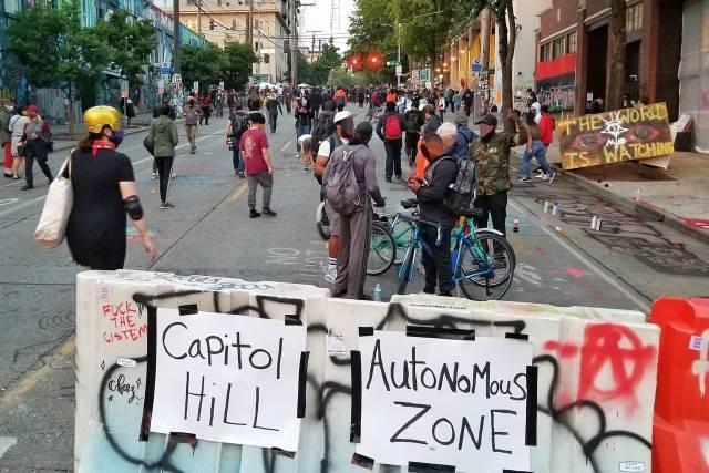 Оккупированная протестная зона Капитолийского холма (CНОР)