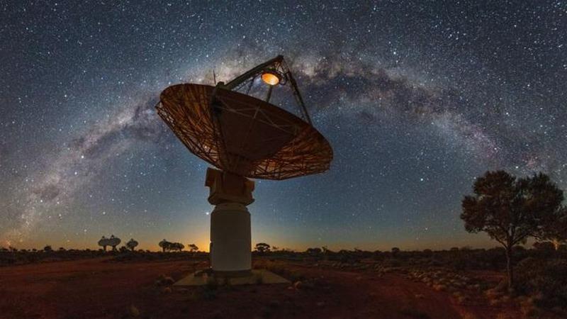 Астрономы нашли в космосе загадочные круглые объекты, видимые только в радиодиапазоне