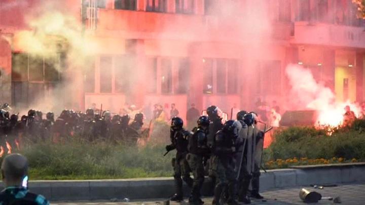 Массовые протесты в Сербии: последние новости попытки устроить майдан