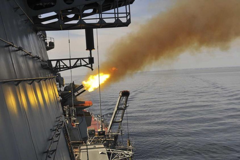 Атомный крейсер «Пётр Великий» и ВКС РФ показали, как уничтожить флот врага – яркие кадры