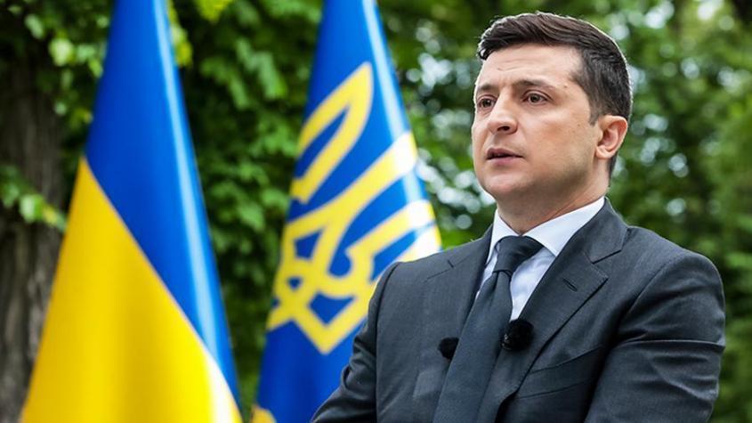 Украинская оппозиция потребовала отставки Зеленского и его «внешней колониальной администрации»