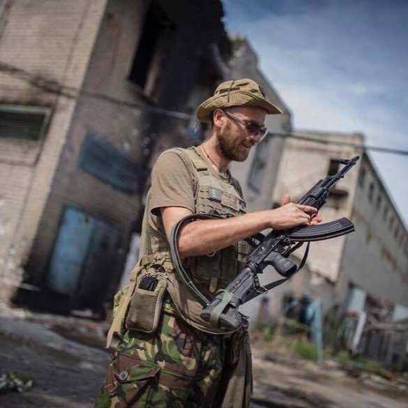 Кровавый кошмар на Донбассе: каратели пришли убивать, но на пути встали врачи | Русская весна