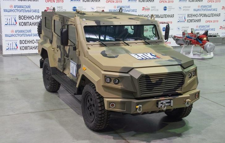 В России создали новый легкий броневик «Стрела»