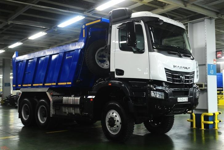 На автомобильном заводе «КАМАЗа» приступили к сборке нового продукта семейства К5