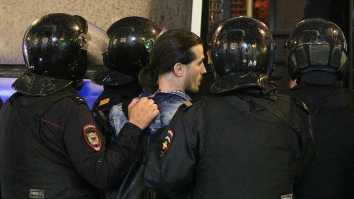 Полиция сообщила о задержании 132 протестантов против поправок в Конституцию