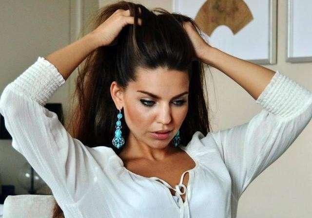 Для кого Ляшко протащил в Раду Украины модельных девушек?