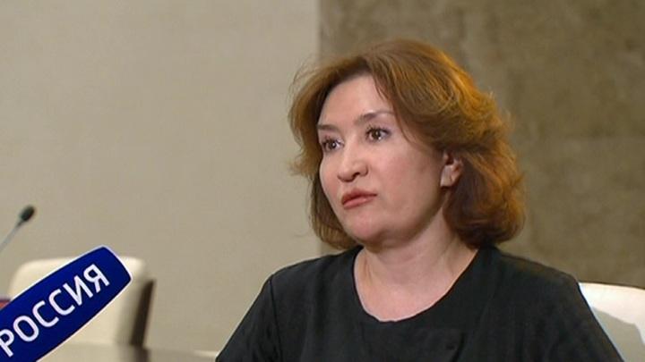 Любовь к роскоши, липовый диплом и прогулы: об экс-судье Хахалевой по федеральному каналу