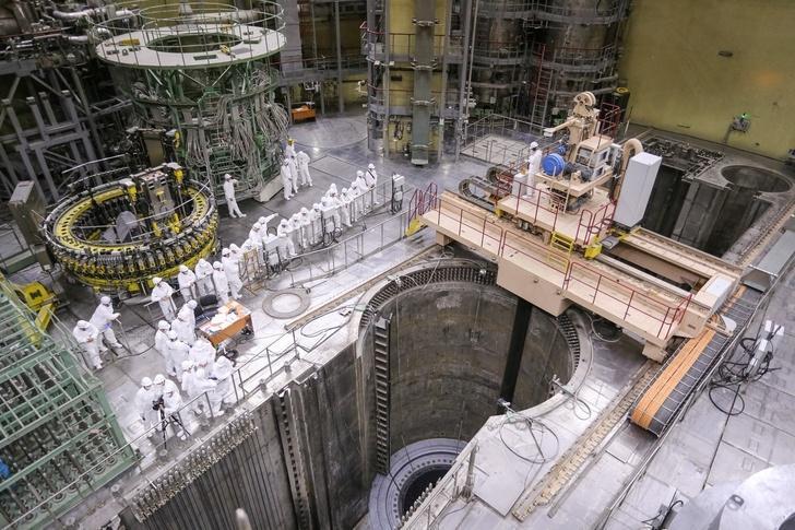 «Росэнергоатом» начал загрузку топлива в реактор второго блока Ленинградской АЭС-2