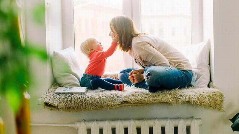 Мишустин: Правительство России компенсирует 35% цены жилья молодым семьям с детьми