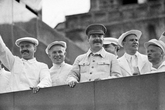 Зачем товарищ Сталин предлагал ввести 5-часовой рабочий день