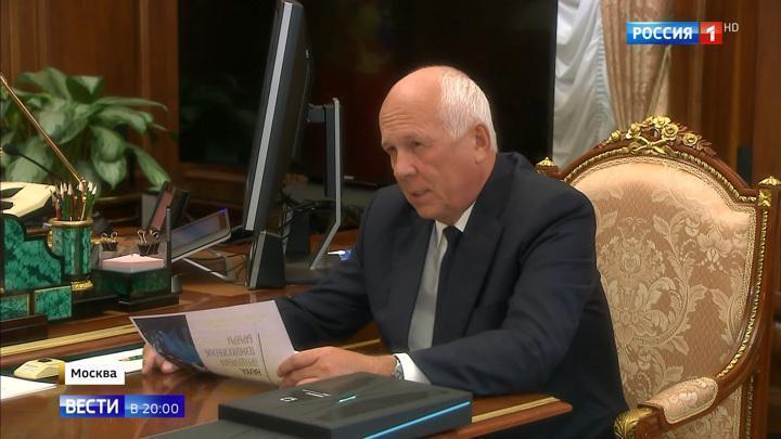 КамАЗы-беспилотники, аппараты ИВЛ и С-400 – о чем рассказал глава Ростеха Чемезов на встрече Путиным