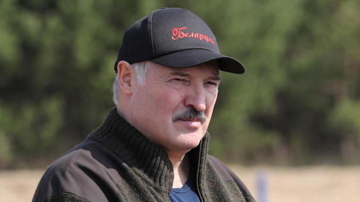 Лукашенко срочно собрал Совет безопасности Белоруссии