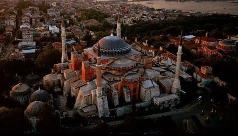 Собор Святой Софии в Стамбуле: сенсации рвутся из под земли