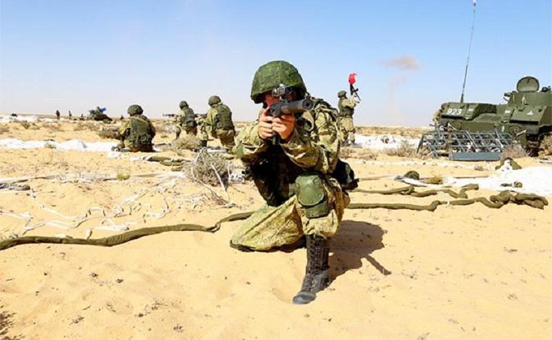 Египет вступает в войну с Турцией: янычары мечтают пустить Т-80 и МиГ-29 на металлолом