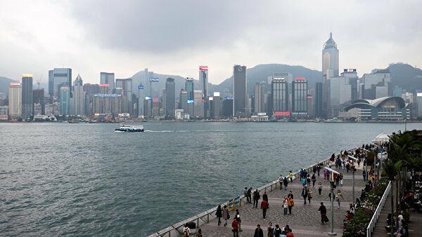Вид с набережной на Гонконг