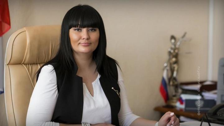 В Волгограде задержали федеральную судью в элитном ресторане за взятку в 25 миллионов рублей