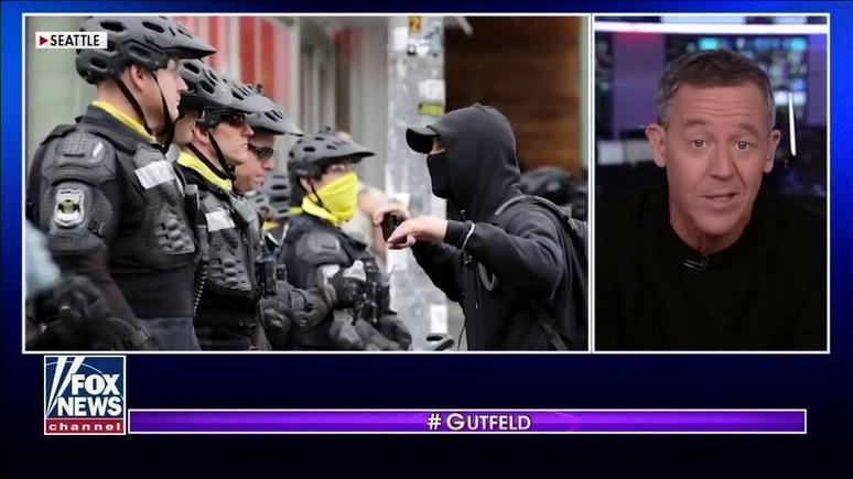 Fox News: истерия леваков и демократов в США переходит все границы
