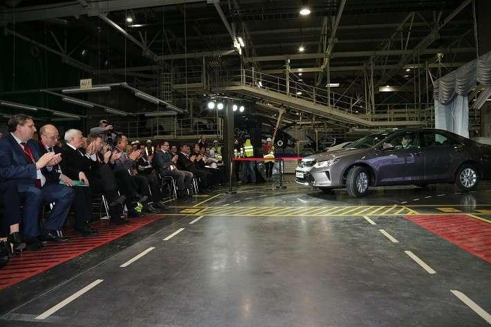 Компания Тойота расширяет производство вСанкт-Петербурге
