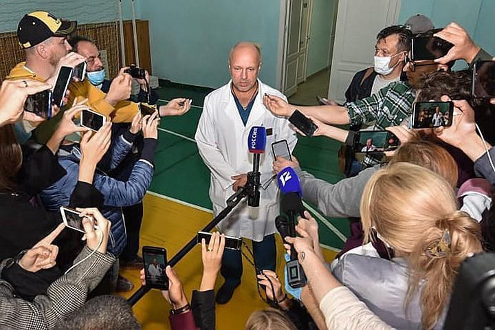 Заместитель главного врача больницы скорой медицинской помощи №1 в Омске Анатолий Калиниченко. Фото: ЕРА/ТАСС