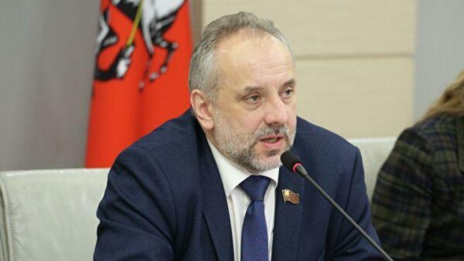 Депутат КПРФ и адепт теософии Елены Блаватской арестован по делу о мошенничестве