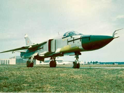 Почему Су-24М «Фехтовальщик» остаётся одним из лучших фронтовых бомбардировщиков в мире