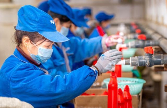 Производство на предприятиях в Китае