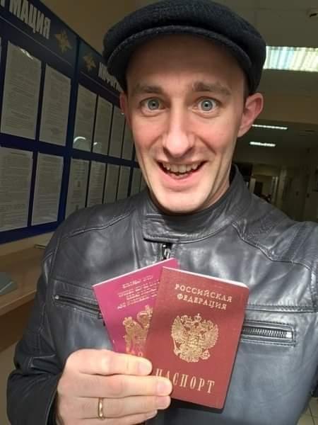 Британец, живущий в РФ: «Россия движется вперёд! Мне нравится, что в России я могу быть мужчиной»