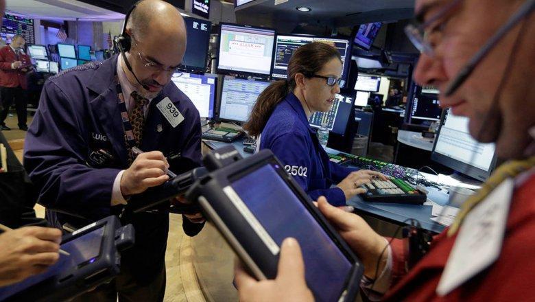В США обрушились фондовые рынки. Пузырь Apple за один день сдулся на 180 миллиардов долларов