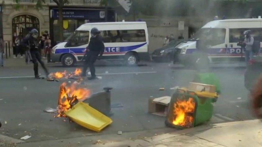 Беспорядки в Париже. 12.09.2020. Протестующие дерутся с полицией и строят баррикады