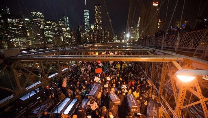 Протесты в США: полицию сравнивают с Ку-клукс-кланом