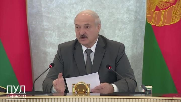 Лукашенко: границу с Литвой и Польшей закрыть, с Украиной усилить